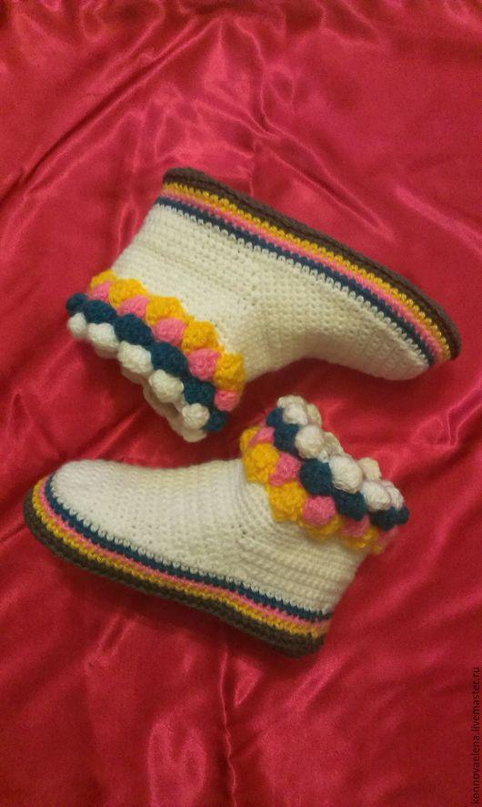 Обувь ручной работы. Ярмарка Мастеров - ручная работа. Купить Домашние вязаные сапожки. Handmade. Комбинированный, вязаные носки