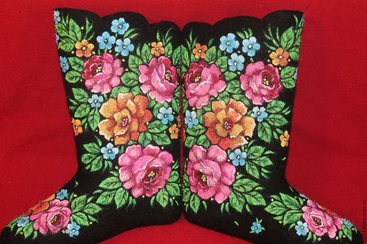 Обувь ручной работы. Ярмарка Мастеров - ручная работа. Купить Цветы. Handmade. Черный, подарки, цветы, аксессуары, валенки с росписью