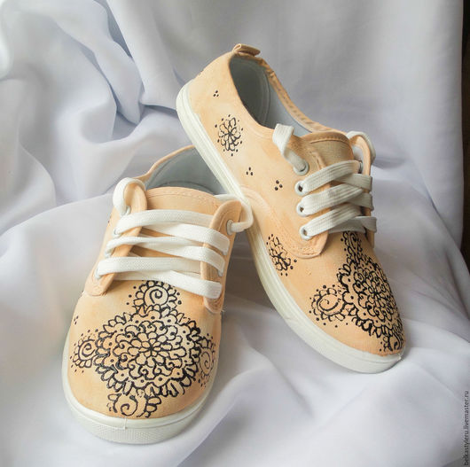 """Обувь ручной работы. Ярмарка Мастеров - ручная работа. Купить Кеды  с росписью """"Мехенди"""", роспись кед, кеды с рисунком. Handmade."""