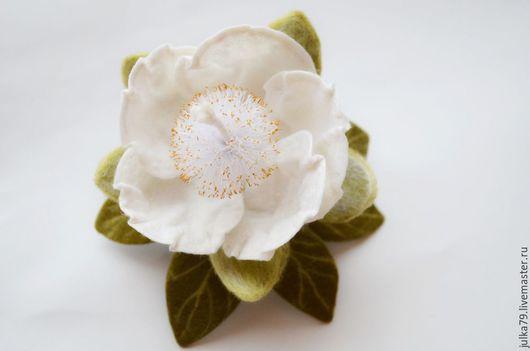 Броши ручной работы. Ярмарка Мастеров - ручная работа. Купить Цветок баобаба. Handmade. Белый, цветение баобаба, юлия валовая