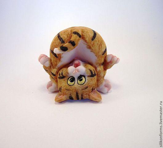 """Материалы для косметики ручной работы. Ярмарка Мастеров - ручная работа. Купить Силиконовая форма для мыла """" Забавный кот """". Handmade."""