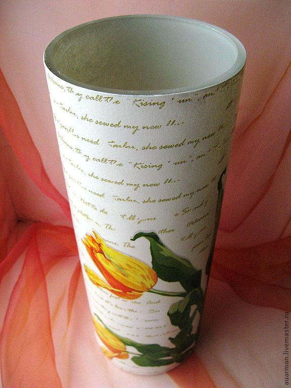 Напольная стеклянная ваза декупаж Желтые тюльпаны