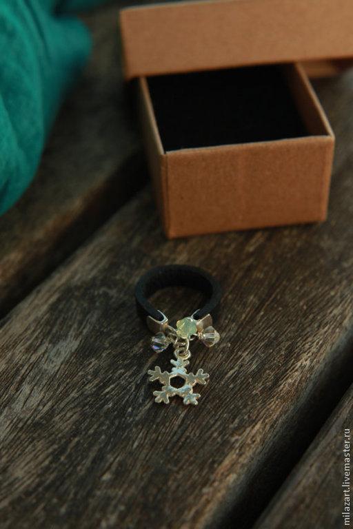 Кольца ручной работы. Ярмарка Мастеров - ручная работа. Купить Kольцо снежинка,Серебряная снежинка,Кожаное кольцо,Украшение из кожи. Handmade.