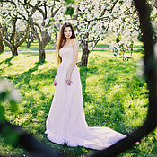 Свадебный салон ручной работы. Ярмарка Мастеров - ручная работа Платье свадебное со шлейфом. Handmade.