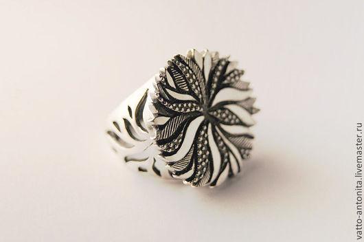 """Кольца ручной работы. Ярмарка Мастеров - ручная работа. Купить """"Хризантема"""" кольцо серебряное. Handmade. Хризантема, символ солнца"""