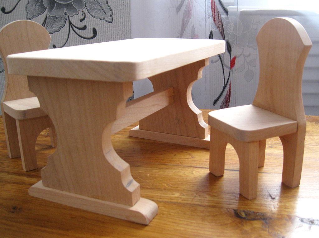 Столик и стульчик детский своими руками