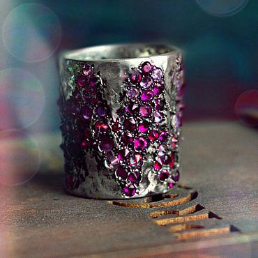 Украшения ручной работы. Ярмарка Мастеров - ручная работа Starnight.Кольцо из серебра с рубиновыми цирконами. Handmade.
