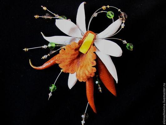 Броши ручной работы. Ярмарка Мастеров - ручная работа. Купить Брошь Орхидея Santa Marija. Handmade. Разноцветный, замша натуральная