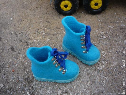 """Обувь ручной работы. Ярмарка Мастеров - ручная работа. Купить Ботиночки для малыша """"Крепыши"""". Handmade. Бирюзовый, детская, натуральные материалы"""