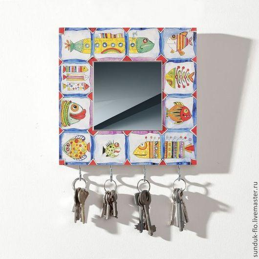 Прихожая ручной работы. Ярмарка Мастеров - ручная работа. Купить Деревянная настенная ключница с зеркалом Разноцветные рыбы. Handmade. Разноцветный