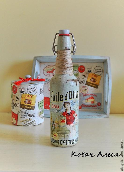Графины, кувшины ручной работы. Ярмарка Мастеров - ручная работа. Купить Бутылка декоративная декупаж под масло в стиле Прованс. Handmade.