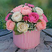 Цветы и флористика ручной работы. Ярмарка Мастеров - ручная работа Букет роз в коробке. Handmade.