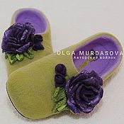 Обувь ручной работы handmade. Livemaster - original item Slippers women`s felted green with flower. Handmade.