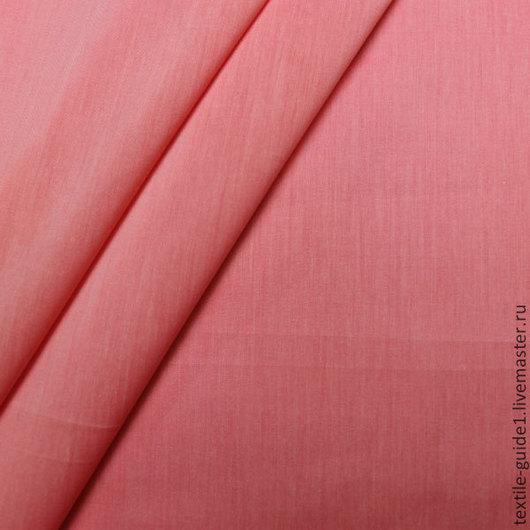 Сорочечная ткань, очень приятная, шелковистая на ощупь, красивый коралловый цвет, состав хлопок 64%, нейлон 33%, эластан 3%, ширина 140см, цена 428,4р.
