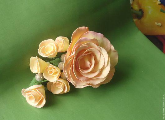 """Заколки ручной работы. Ярмарка Мастеров - ручная работа. Купить заколка """"Розовый каскад"""". Handmade. Кремовый, розы ручной работы"""