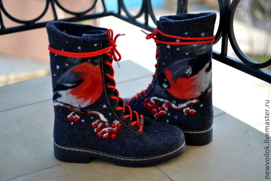 """Обувь ручной работы. Ярмарка Мастеров - ручная работа. Купить Ботинки валяные женские """"Снегири"""". Handmade. Ботинки, зимняя обувь"""
