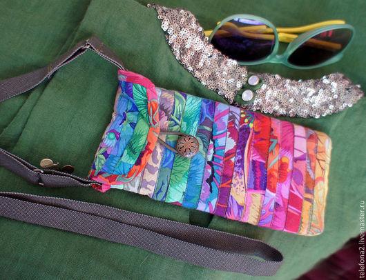 Женские сумки ручной работы. Ярмарка Мастеров - ручная работа. Купить Сумочка лоскутная для телефона. Handmade. Фуксия, яркие цвета
