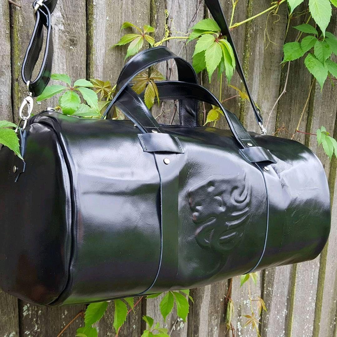 Спортивные сумки ручной работы. Ярмарка Мастеров - ручная работа. Купить Спортивная мужская дорожная сумка из натуральной кожи с со львом. Handmade.