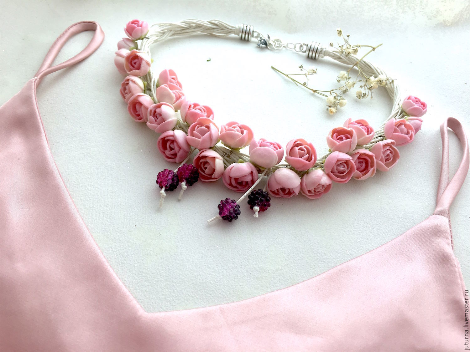Jewelry set with flowers on the cords 'English rose', Jewelry Sets, Vladivostok,  Фото №1