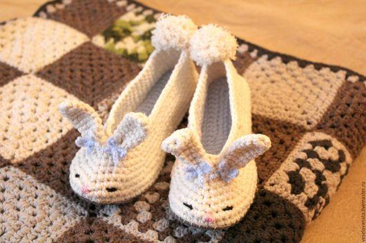 Обувь ручной работы. Ярмарка Мастеров - ручная работа. Купить вязаные тапочки. Handmade. Тапочки ручной работы, вязаные тапочки