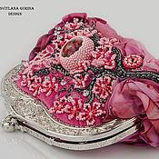 Сумки и аксессуары ручной работы. Ярмарка Мастеров - ручная работа Вышитая бисером розовая сумочка Цветущая сакура. Handmade.