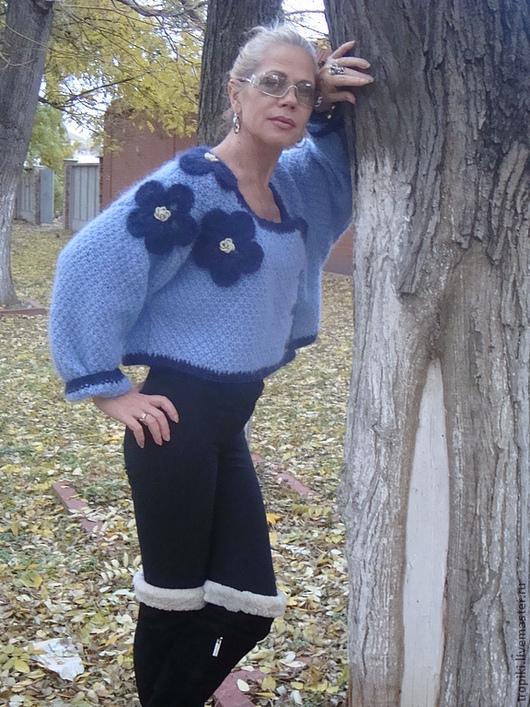 Кофты и свитера ручной работы. Ярмарка Мастеров - ручная работа. Купить Жакет вязаный укороченный мохеровый с цветами. Handmade.