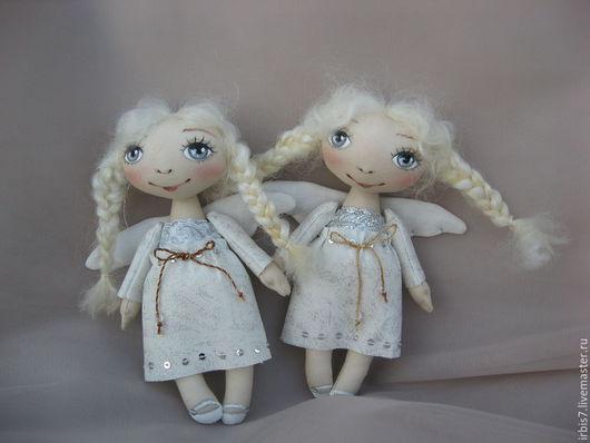 Коллекционные куклы ручной работы. Ярмарка Мастеров - ручная работа. Купить Ангелочки в серебристых платьицах. Handmade. Белый, ангел, ангелочек