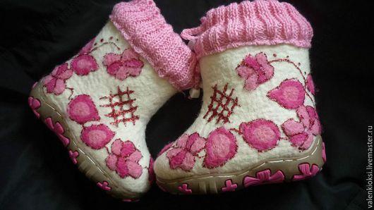 """Детская обувь ручной работы. Ярмарка Мастеров - ручная работа. Купить Валенки для девочки"""" Розовая нежность"""". Handmade. Розовый, валенки"""