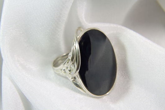 Кольца ручной работы. Ярмарка Мастеров - ручная работа. Купить Перстень из серебра с  ониксом. Handmade. Черный, серебро 925 пробы