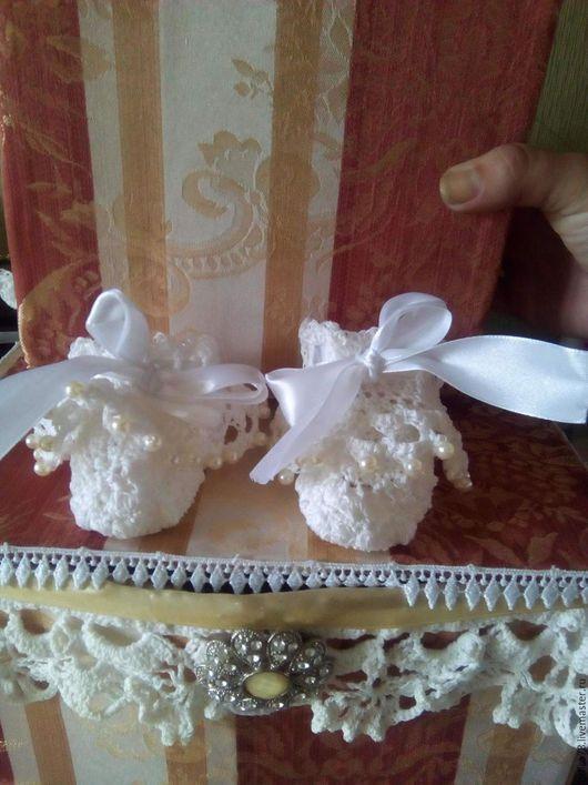 Детская обувь ручной работы. Ярмарка Мастеров - ручная работа. Купить Пинетки-колокольчики. Handmade. Белый, пинетки, пинетки для новорожденных