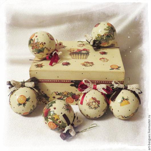 """Новый год 2017 ручной работы. Ярмарка Мастеров - ручная работа. Купить Подарочный набор ёлочных шаров """"Пряный аромат Рождества"""". Handmade."""
