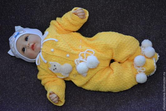 """Для новорожденных, ручной работы. Ярмарка Мастеров - ручная работа. Купить Вязанный комбинезон для новорожденного """"котик"""". Handmade. Желтый"""