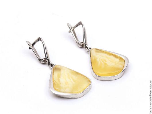 Серьги ручной работы. Ярмарка Мастеров - ручная работа. Купить Янтарь натуральный серебряные серьги. Handmade. Кольцо и серьги