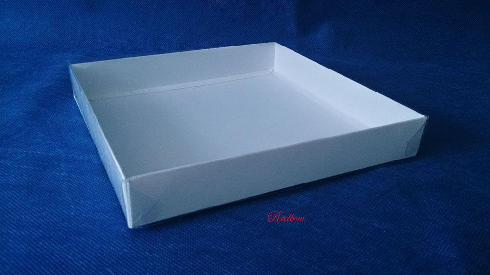 Коробка подарочная с прозрачной крышкой