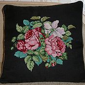 Для дома и интерьера handmade. Livemaster - original item Cross stitch Decorative Pillow Roses. Handmade.