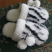 """Обувь ручной работы. Ярмарка Мастеров - ручная работа Тапочки с опушкой """" Зебра"""". Handmade."""