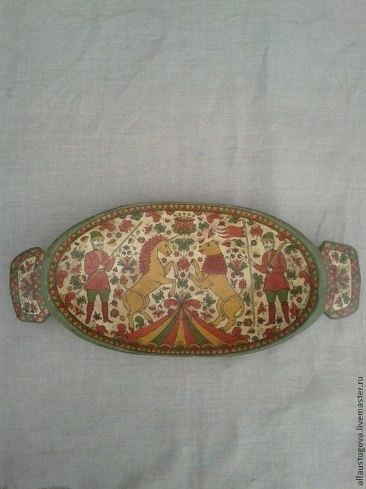 """Посуда ручной работы. Ярмарка Мастеров - ручная работа. Купить Блюдо старинное """"Лев и Единорог"""". Handmade. Блюдо из дерева"""