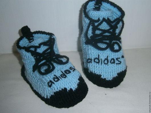 Детская обувь ручной работы. Ярмарка Мастеров - ручная работа. Купить Вязаные пинетки кеды Adidas(доставка по Украине бесплатно). Handmade.
