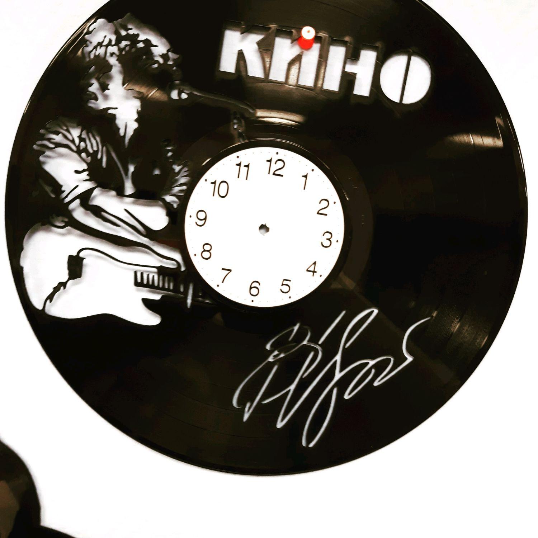 Часы из виниловой пластинки Цой, Часы из виниловых пластинок, Междуреченск,  Фото №1