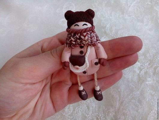 Серьги ручной работы. Ярмарка Мастеров - ручная работа. Купить Брошь куколка из полимерной глины. Handmade. Бежевый
