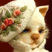 Куклы и игрушки ручной работы. Ярмарка Мастеров - ручная работа Кошка на коньках. Handmade.