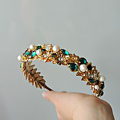 Диадемы ручной работы. Ярмарка Мастеров - ручная работа Тиара для волос Golden Leaves&Emerald 2. Handmade.