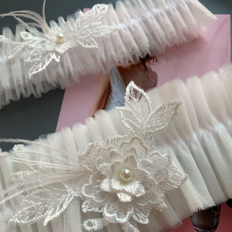 Подвязка невесты молочная с перьями. Комплект подвязок, Подвязки, Кемерово,  Фото №1