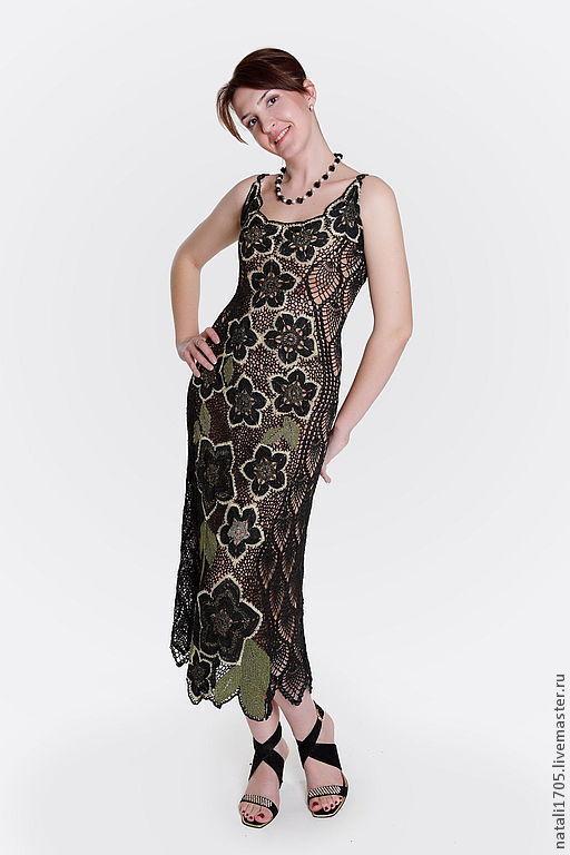 Платье выполнено в технике ирландского кружева.