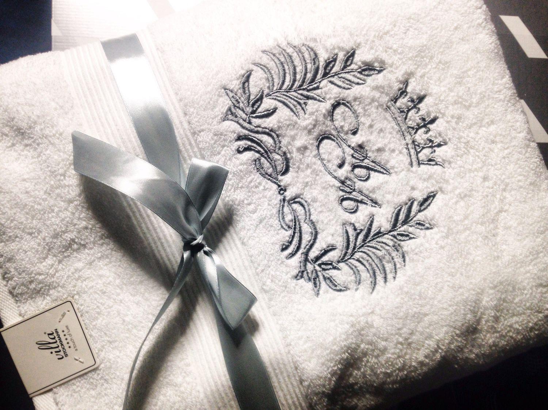 Вышивка на полотенцах на заказ. Полотенца с вышивкой 57