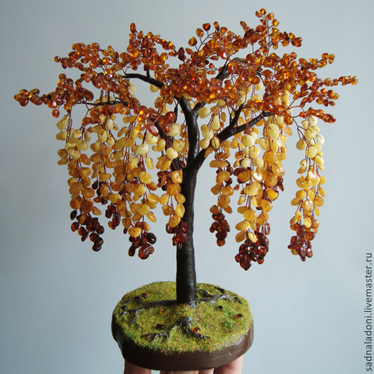 Дерево из натурального янтаря Глициния. Авторская ручная работа.Благодаря своему дизайну, аналогов не имеет. Сад на ладони. Ярмарка мастеров.