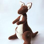 """Куклы и игрушки ручной работы. Ярмарка Мастеров - ручная работа Кенгуру Tilda """"Кенгуруша"""". Handmade."""