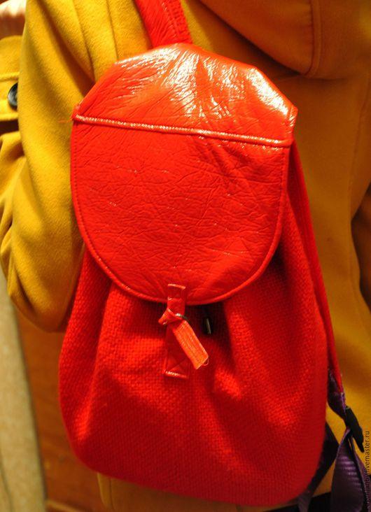 Рюкзак Очень Красный