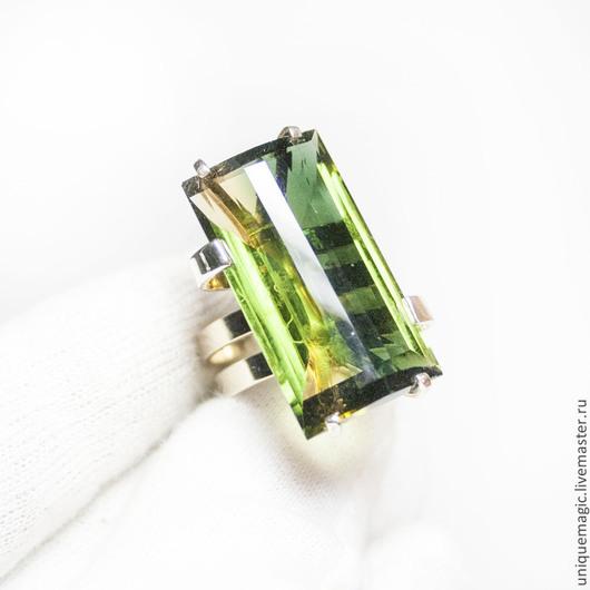 Роскошное, стильное, золотое кольцо с великолепным  кварцем 30.77 ct ! Авторская ручная работа. Единственный экземпляр!