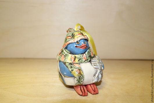 Статуэтки ручной работы. Ярмарка Мастеров - ручная работа. Купить Колокольчик керамический Пингвин. Handmade. Разноцветный, пингвины, колокольчик